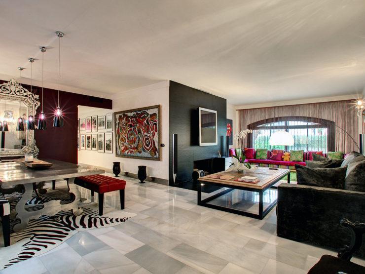 3 bedroom, 3 bathroom Apartment for sale in Puerto Banus, Marbella