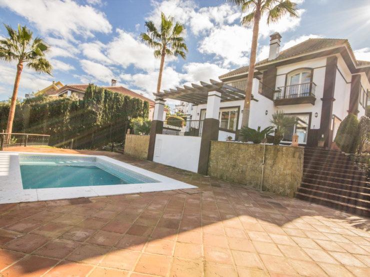 3 bedroom, 3 bathroom Villa for sale in La Cala Golf, Mijas