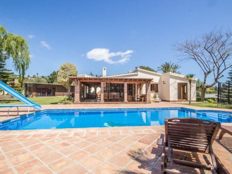 4 bedroom, 5 bathroom Villa for sale in El Rosario, Marbella