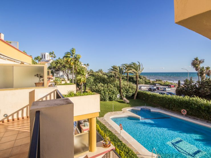 Beachfront Studio in Elviria