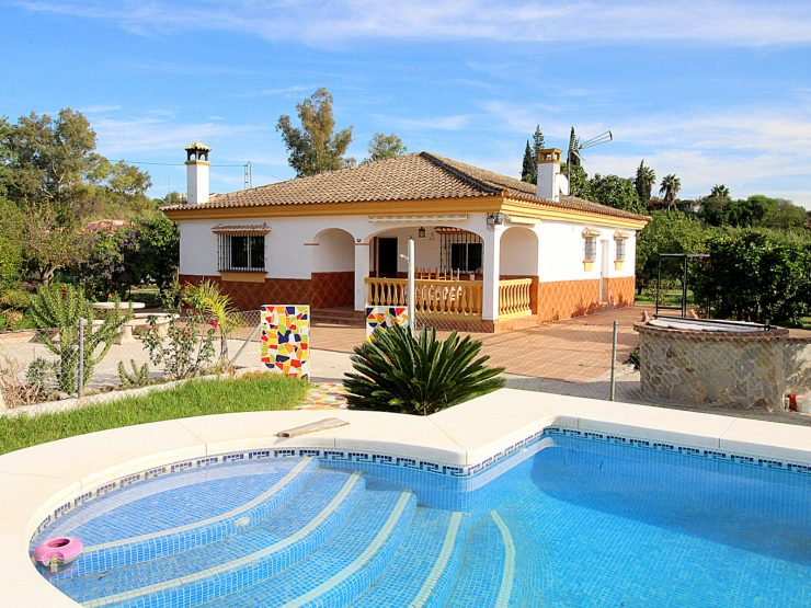 Bargain! Andalusian country house in Alhaurin el Grande, Malaga