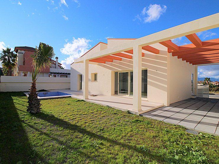 New built detached villa a short drive from Coín