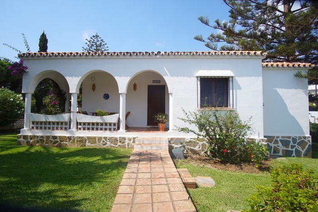 Investment property in Marbesa