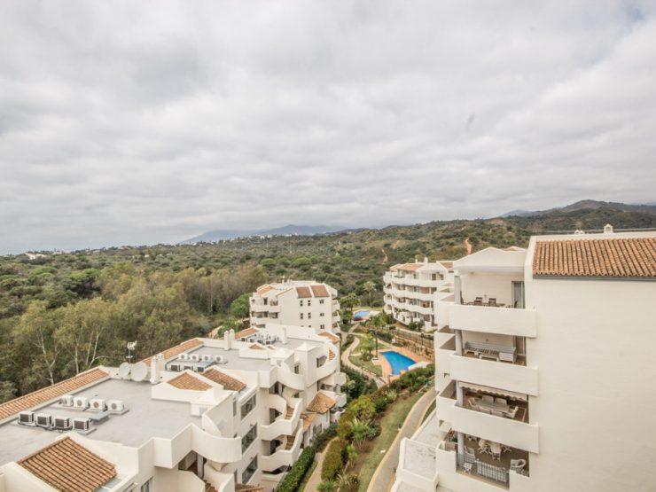 ELVIRIA – Penthouse available for long term rent