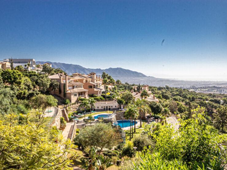 beautiful garden Apartment in la Mairena